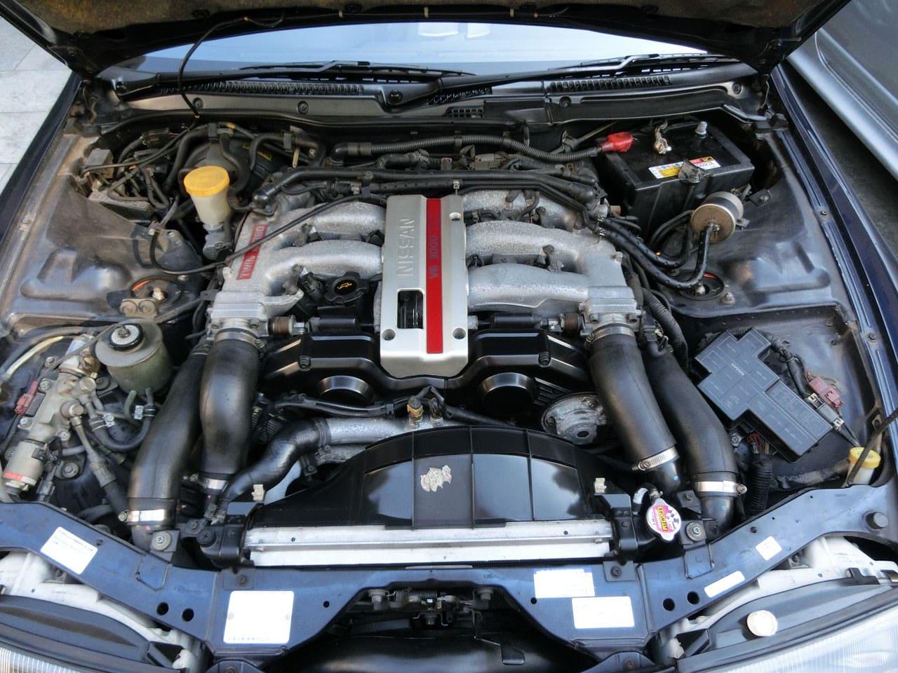 エンジンルームの仕上げ後・フェアレディZ(Z32)