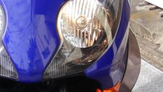 バイクのヘッドライトは、時には消せたほうがいいなと思ったこと。