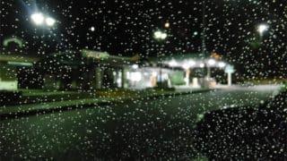 雨の日の洗車屋は…やること満載です。